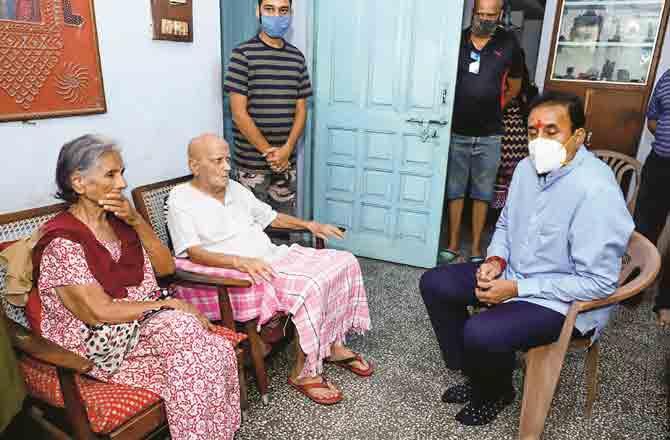 Deepak Sathe Family