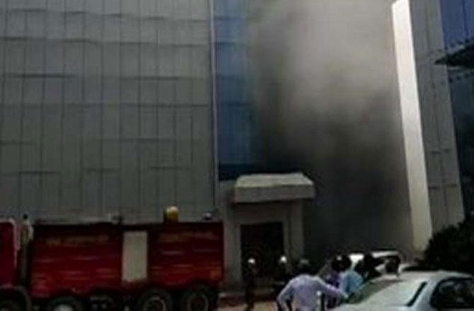 اندھیری، رولٹا کمپنی میں بھیانک آتشزدگی