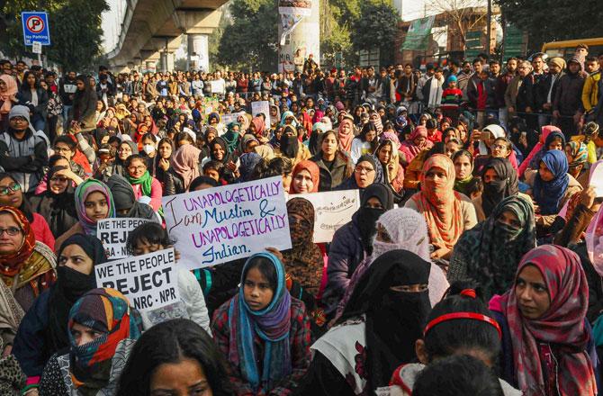 "<p style=""text-align: right;"">جامعہ ملیہ اسلامیہ میں ۱۱؍ جنوری کو شہریت ترمیمی قانون ، این آر سی اور این پی آر کیخلاف احتجاج ۔ تصویر : پی ٹی آئی</p>"