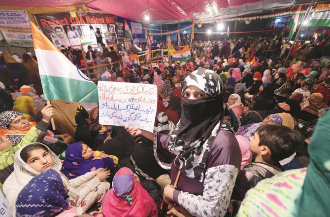 ملک بھر میں جاری تحریک اور حکومت کی آمریت