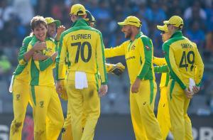 ٹیم انڈیا اور آسٹریلیا کے درمیان پہلے ونڈے میچ کی تصویریں جھلکیاں