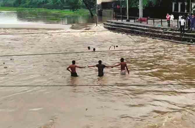 Bhiwandi River