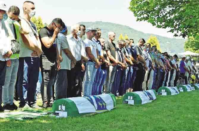Bosnia Muslims - Pic : PTI