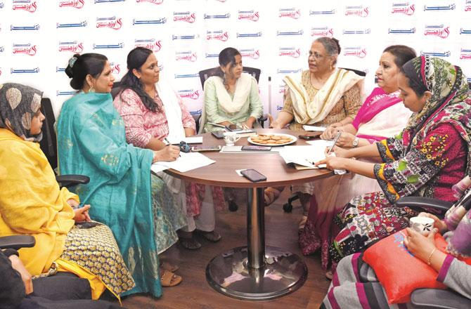 Inquilab Womens Day Special - Pic : Inquilab, Nimesh Dave