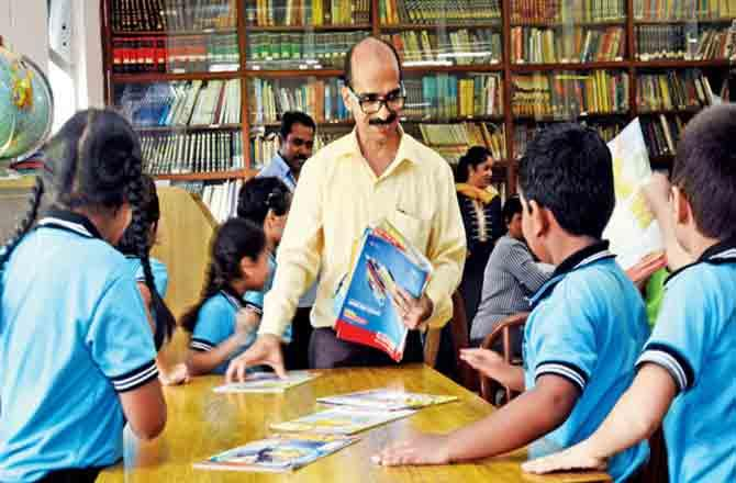 Children in Library - Pic : MidDay