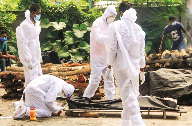Most of the country`s state governments have been accused of concealing death figures from Corona.Picture:PTI