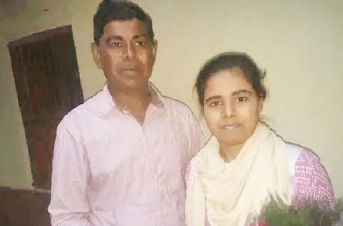 State topper Sonali Kumari with her father Chanulal. Picture:INN