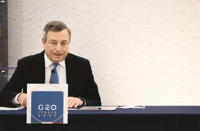 Italian Prime Minister Mario Draghi presides over the meeting (Photo: Agency)