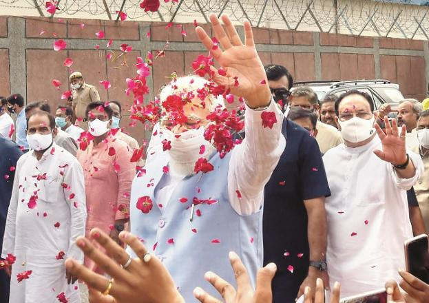 Flowers were showered on Modi at Palm Airport. Picture:INN