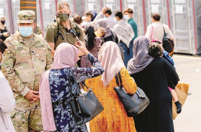 Afghans await US promises (file photo)