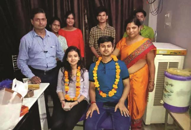 CA final exam topper Nandini and her brother Sachin can be seen together.Picture:INN